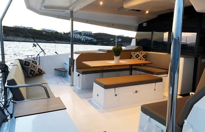11691-charter-catamaran-fountaine-pajot-saona-47-quintet-5-1-cab-2018-lavrio-greece-6