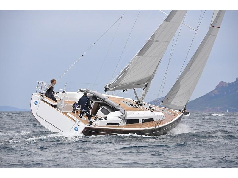 Hanse-388-3