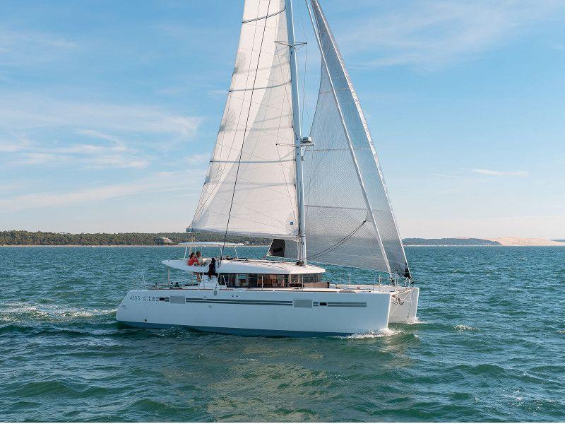 Lagoon-450-Sport-2