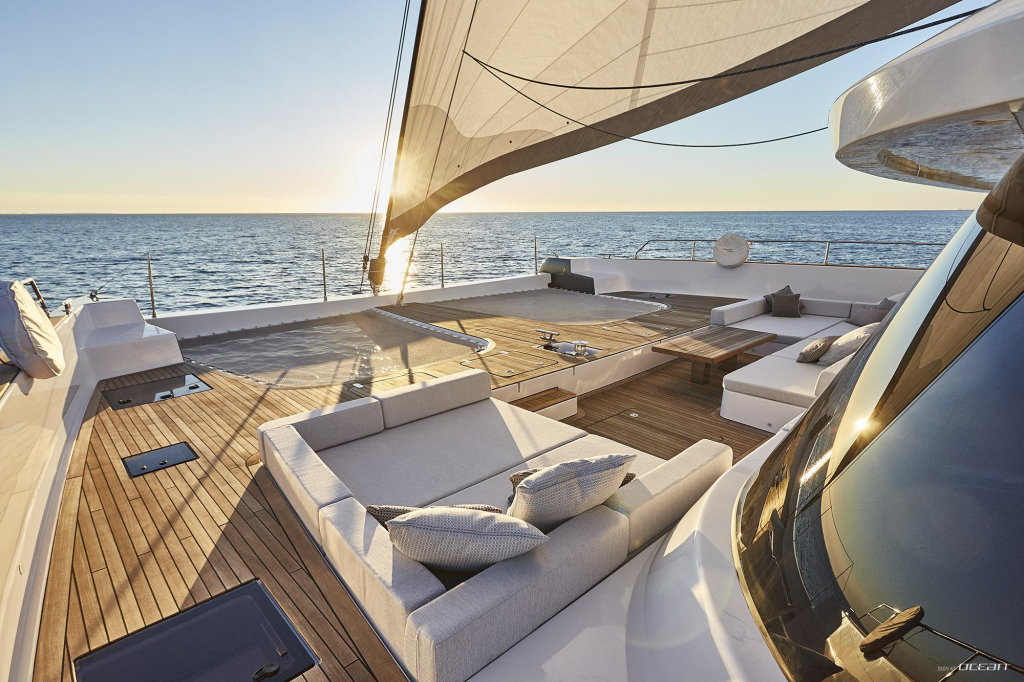 luxury-sailing-yacht-charter-sunreef-80-7x-split-20