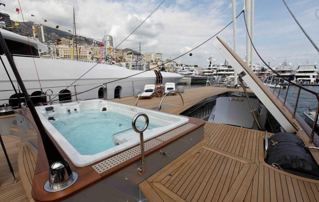 luxury-sailing-yacht-perseus-3-perini-navi-52-medium-